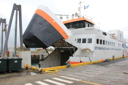 5-26-16 Baldur ferry at Stykkishólmur